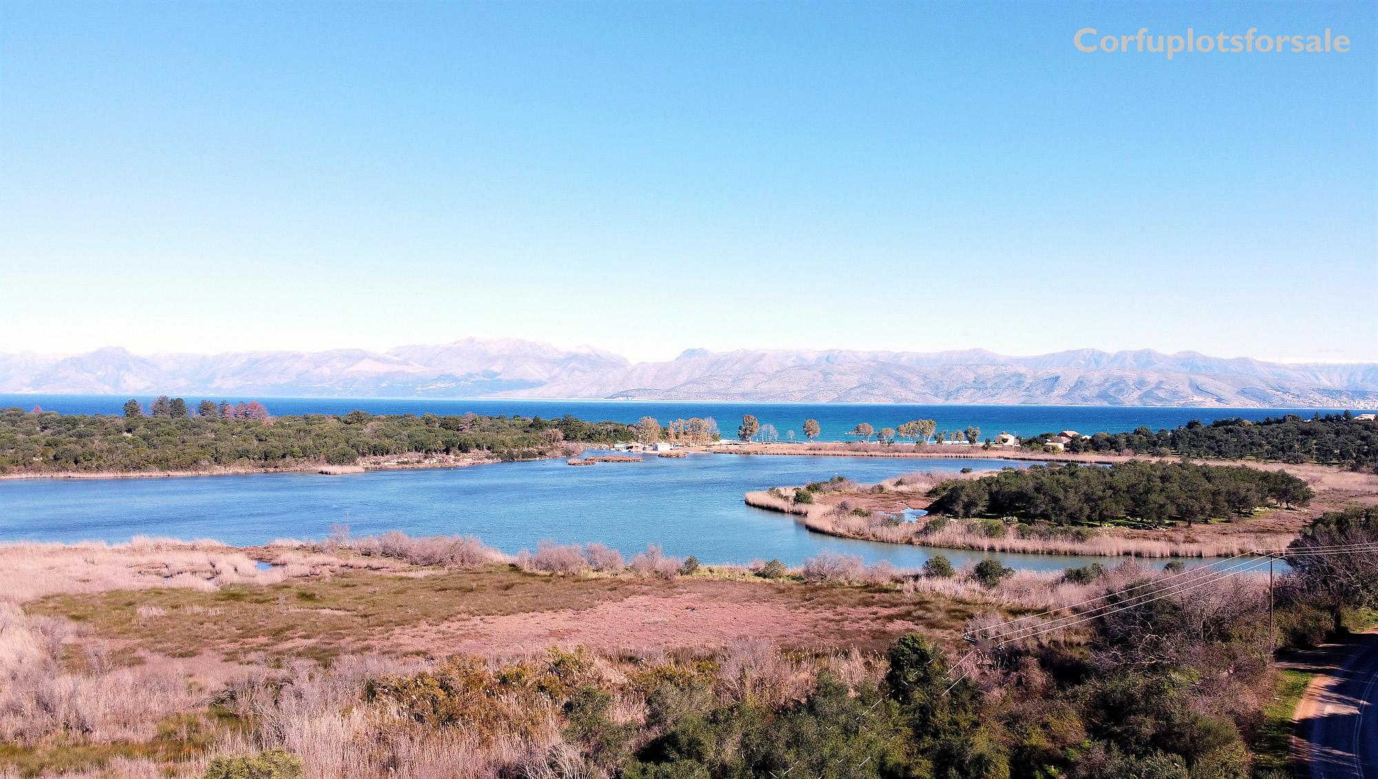 Beautiful natural area with sea view from a green hill – 600m from the Beach