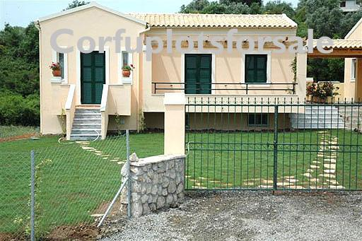 Delightful cottage 50 sq.m with 50 sq.m basement and pool