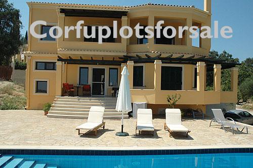 This luxury 220 sq.m villa in Agios Prokopis Village, Central Corfu
