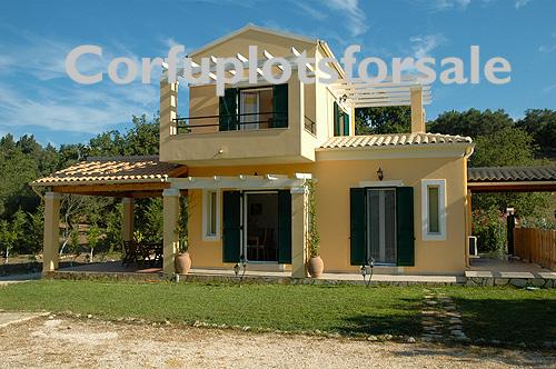 Elegant, spacious, two-storey villas of 75 sq.m with sea view